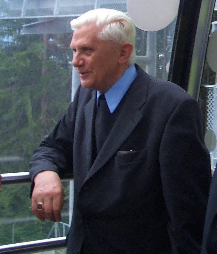 ratzinger-2004-sud-tirolo
