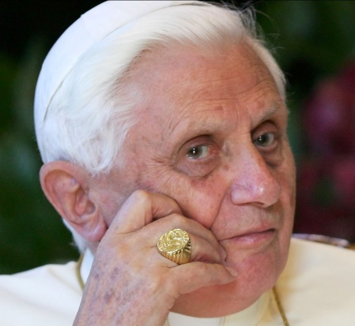 Risultati immagini per Joseph Ratzinger-Benedetto XVI, Liberare la libertà. Fede e politica nel terzo millennio,
