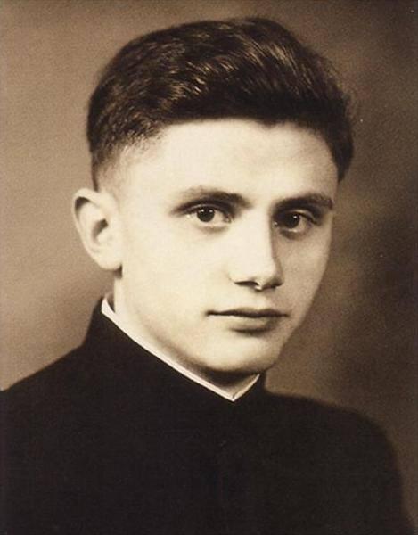 giovane prete