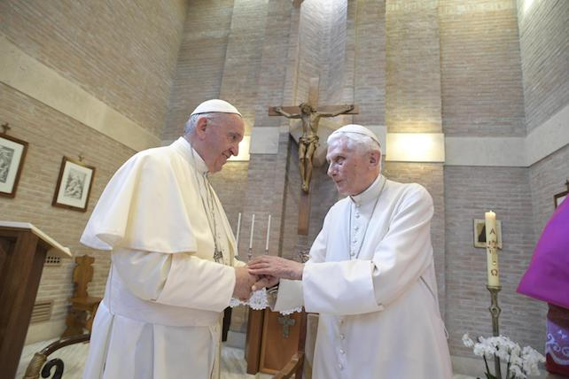 papa-francesco-ratzinger-ansa