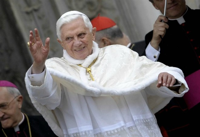 papa_benedetto_xvi_ratzinger_chiesa_lapresse_2017_thumb660x453