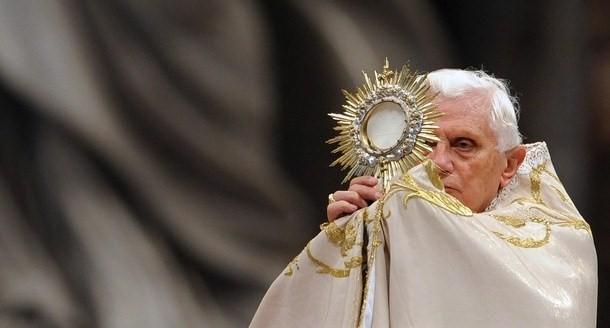 VATICAN-POPE-VESPERS