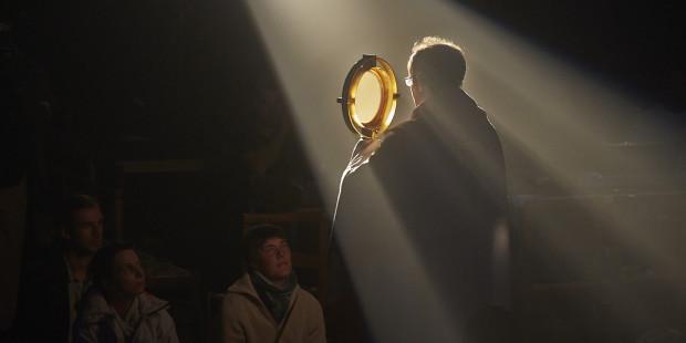 web3-adoration-eucharistique-dans-la-basilique-de-saint-denis-france-fr511778b