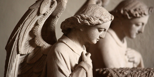 web3-angels-sculpture-tomb-fr-lawrence-lew-op-flickr