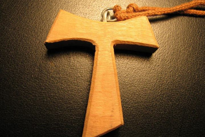 web-franciscan-tau-cross-abraham-sobkowski-ofm-pd.jpg