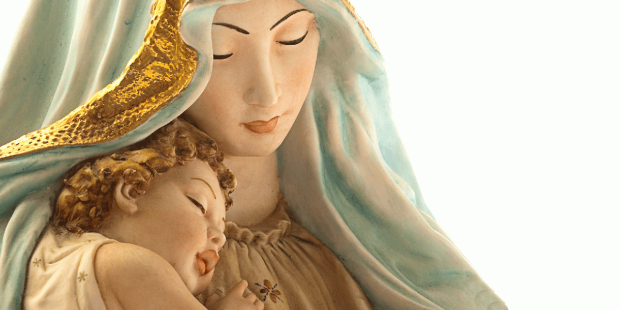 web-blessed-virgin-mary-aaron-amat-shutterstock_80963179