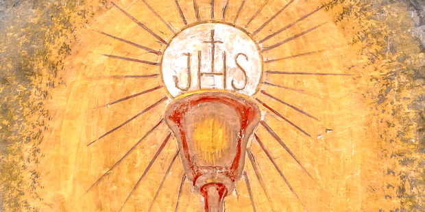 web3-saint-graal-chalice-eucharist-shutterstock_774209005